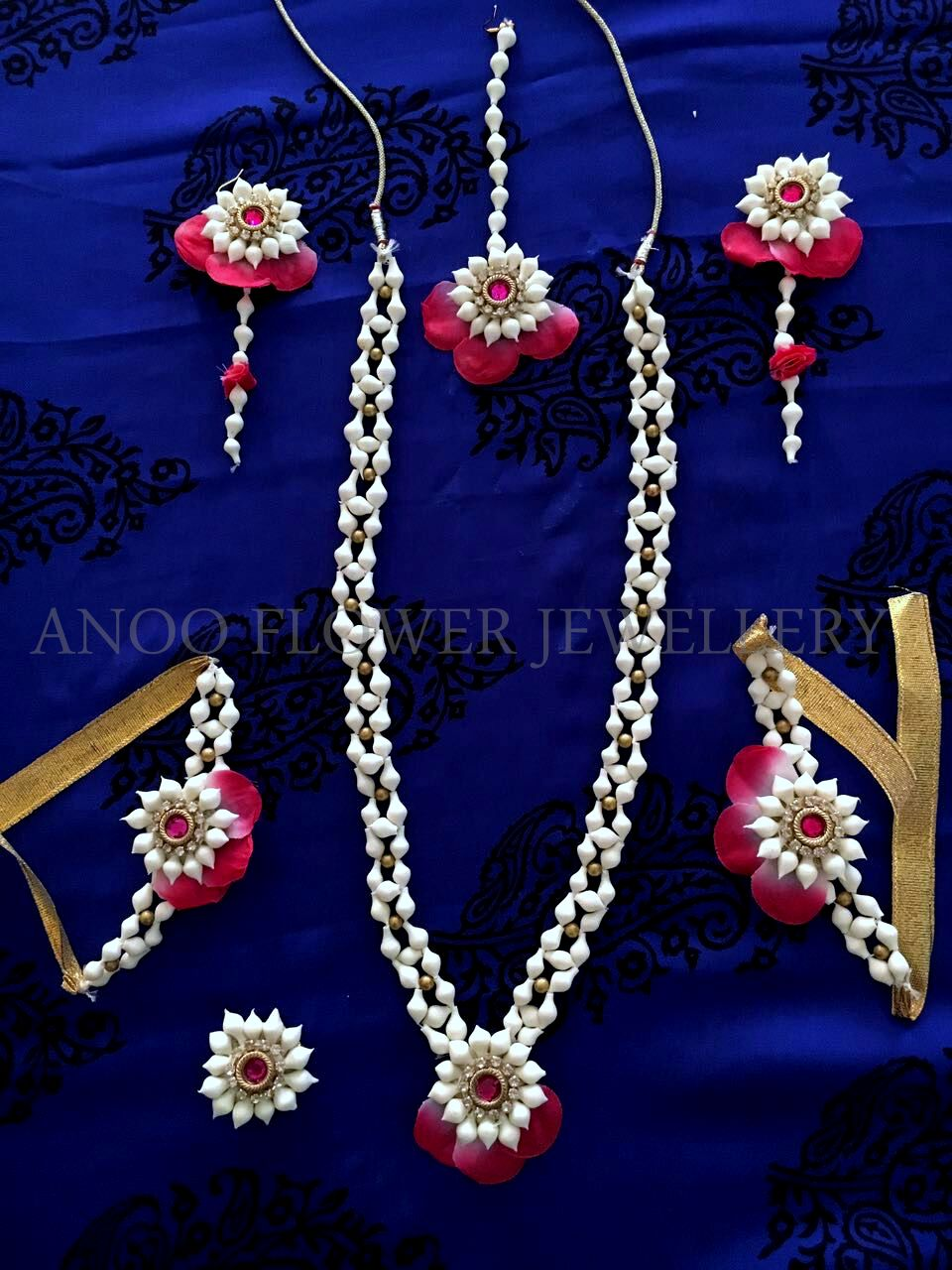 Buy Mehndi Flower Jewellery : Artificial flower jewellery for mehndi online india