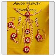 Buy artificial flower jewellery online from Anoo flower jewellery